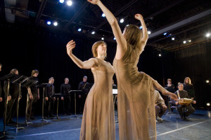 Our first collaboration with Winnipeg's Contemporary Dancers, 2009. (Photo: Sam Baardman)