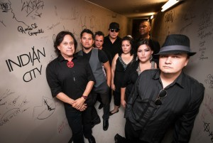 Indian City, our collaborators for Red&White Unplugged, 2014. The group is composed of: (from l. to r.) Vince Fontaine, Don Amero, Marty Chapman, William Prince, Neewa Mason, Gerry Atwell, Pamela Davis and Tik Mason.